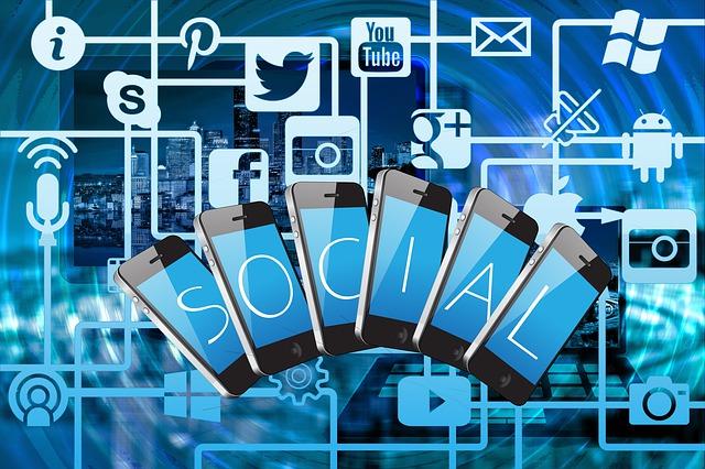 Grafika znázorňující sociální sítě